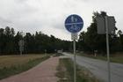 Chociński Młyn; szlak rowerowy cykliści muszą dzielić z pieszymi